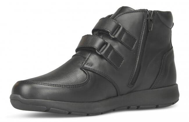46e374d35c9 Damstövel från New Feet i svart töjbart skinn