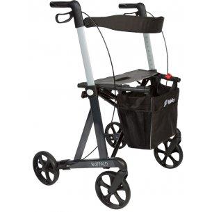Rollatorn har ett extra brett säte och bra, stora hjul