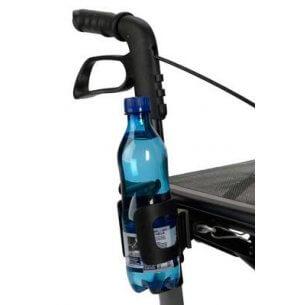 Flaskhållaren sitter lätt tillgänglig vid skjuthandtaget