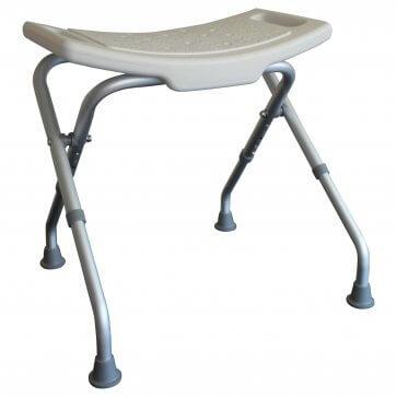Hopfällbar badstol, som lätt kan ställas åt sidan